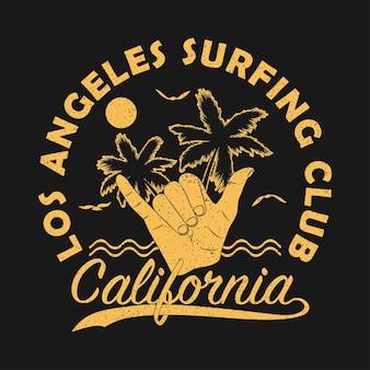 Estampa grunge do los angeles surf club califórnia para roupas com gesto de mão shaka surf vintage