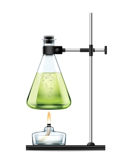 Estande de laboratório químico com frasco de vidro cheio de líquido verde e queimador de álcool isolado no branco