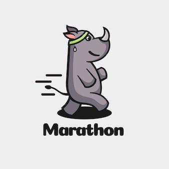 Estilo simples da mascote da maratona do logotipo.