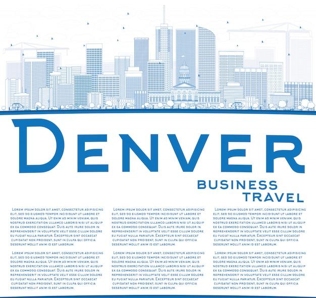 Estrutura de tópicos denver skyline com edifícios de azul e espaço de cópia.