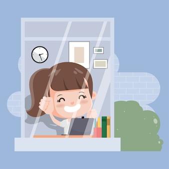 Estudante tailandês com laptop estudando educação online. escola online em casa.