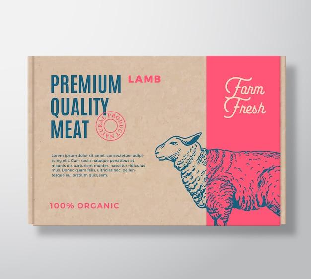 Etiqueta de embalagem de carne de cordeiro de qualidade premium em um recipiente de caixa de papelão artesanal