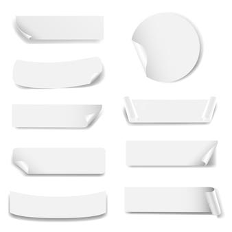 Etiqueta de papel isolado fundo branco
