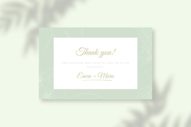 Etiqueta de presente verde de noivado feliz monocolor