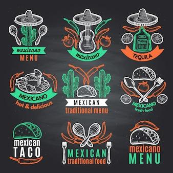 Etiquetas coloridas de símbolos mexicanos no quadro preto. emblemas de vetor com lugar para o seu texto