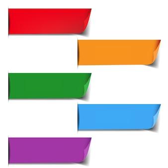 Etiquetas coloridas definidas com fundo branco