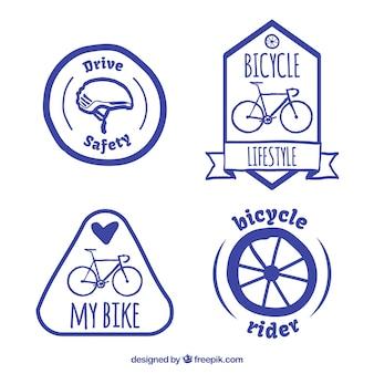 Etiquetas de bicicleta desenhados mão embalar