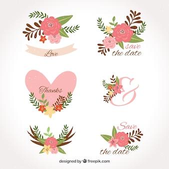 Etiquetas de casamento com flores e corações