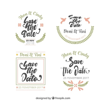 Etiquetas de casamento com ornamentos planos