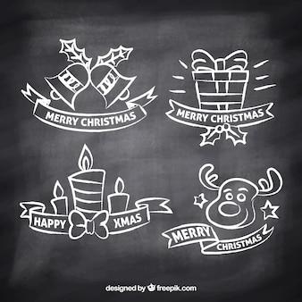 Etiquetas de natal desenhadas à mão no efeito quadro-negro
