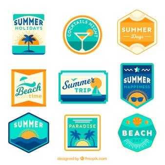 Etiquetas do verão com cocktails