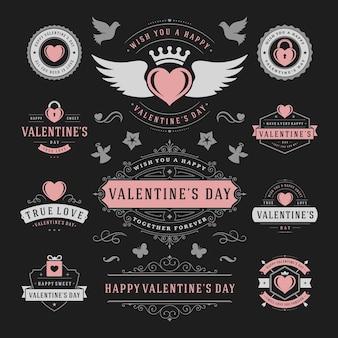 Etiquetas e emblemas de dia dos namorados definem silhuetas de ícones de corações para cartões de felicitações