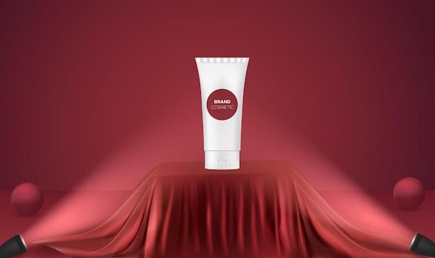 Exibição do produto em um pódio vermelho realista com holofotes
