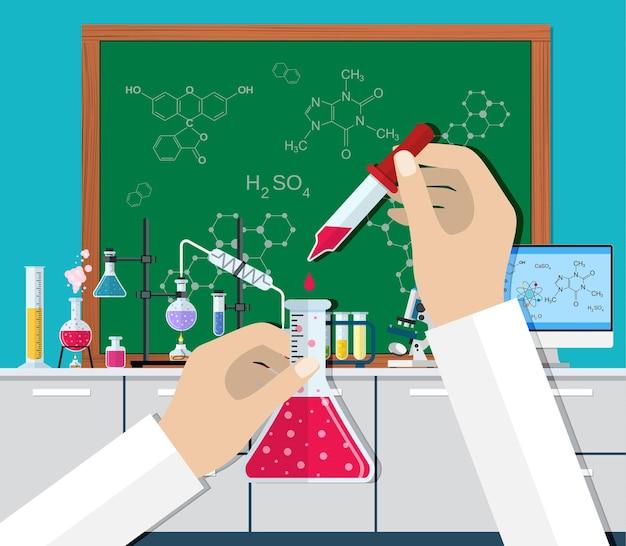 Experiência científica em laboratório