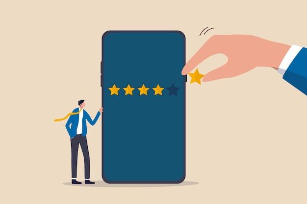 Experiência do cliente ou avaliação do cliente dando uma avaliação de 5 estrelas
