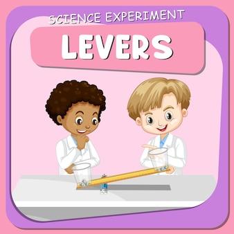 Experimento científico de alavancas com crianças cientistas