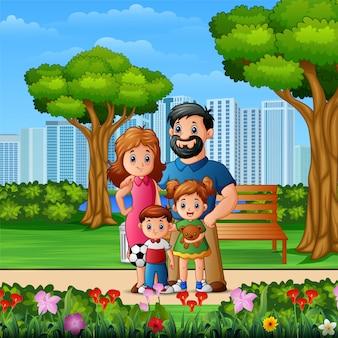 Família de desenho animado no belo parque