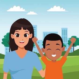 Família dos pais e desenhos de crianças