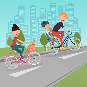 Família feliz andando de bicicleta na cidade. mulher de bicicleta. pai e filho.