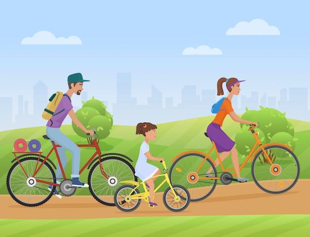 Família jovem, com, criança, bicicletas equitação