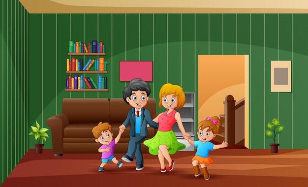 Família sorridente dançando e se divertindo em casa