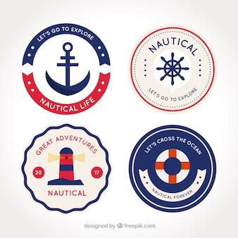 Fantásticas emblemas náuticas redondas com detalhes vermelhos