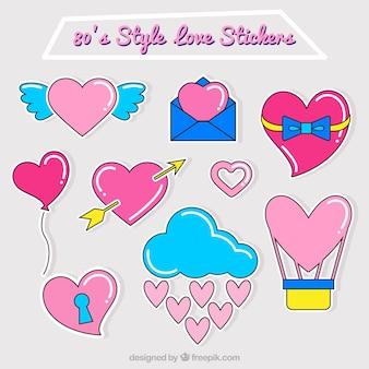 Fantástico conjunto de etiquetas do amor com corações