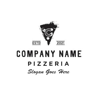 Fatias de pizza italiana retro vintage pizza initial c logo design inspiração