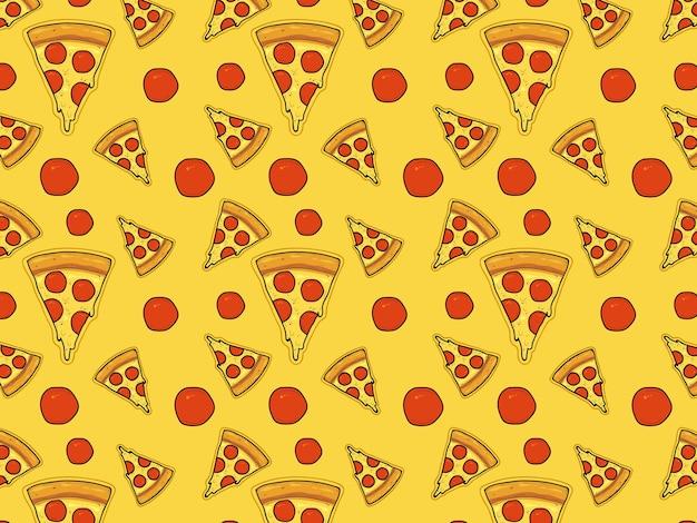 Fatias triangulares de pizza com queijo e salsicha.