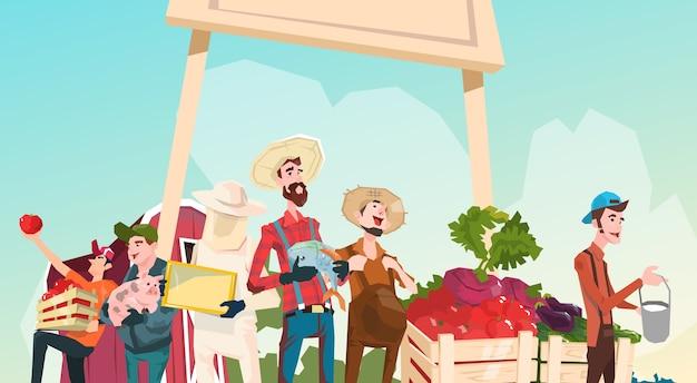 Fazendeiros grandes do mercado orgânico de eco da exploração agrícola com produção