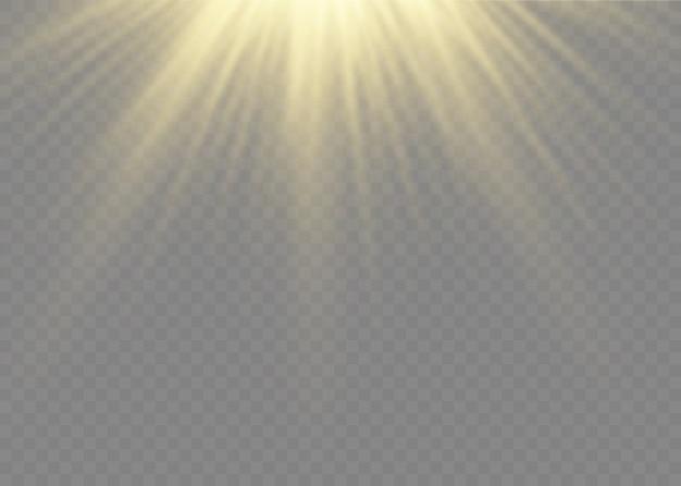 Feixes de luz solar transparentes. raios estelares.