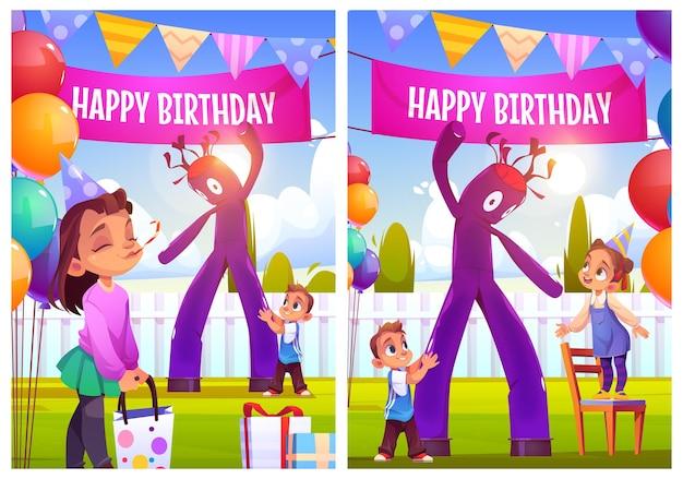 Feliz aniversário celebração cartazes ou cartões comemorativos menina comemorar festa com amigos em ho ...