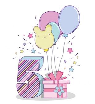 Feliz aniversário comemoração de cinco anos com o presente