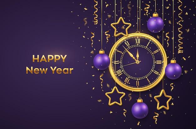 Feliz ano novo 2022. relógio dourado brilhante com algarismo romano e contagem regressiva à meia-noite, véspera de ano novo. fundo com bolas e estrelas douradas brilhantes. feliz natal. férias de natal. ilustração vetorial