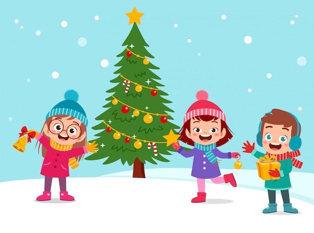 Feliz, crianças, árvore natal, neve