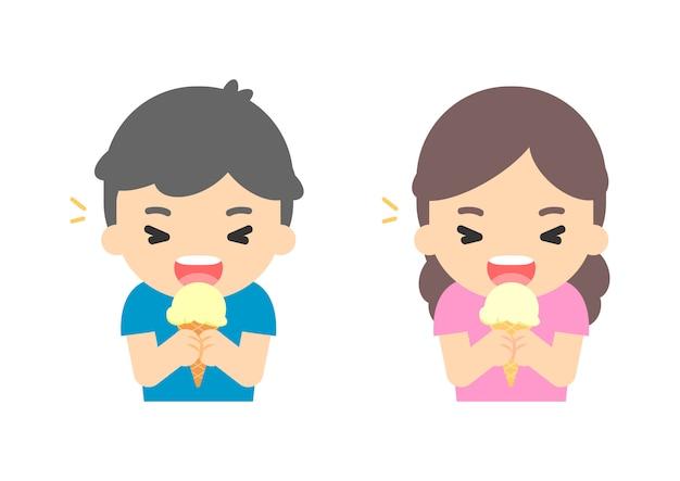 Feliz, crianças, comendo sorvete