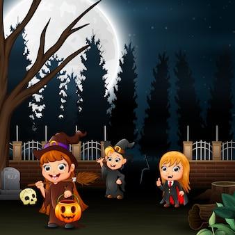 Feliz, crianças, desgastar, halloween traje