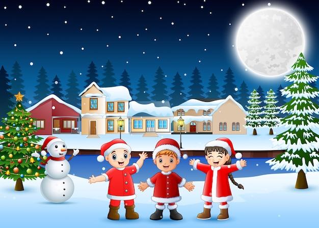 Feliz, crianças, em, santa, traje, celebração, um, natal, dia, à noite