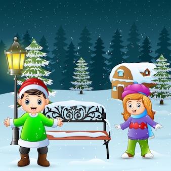 Feliz, crianças, jogar, em, inverno, fundo