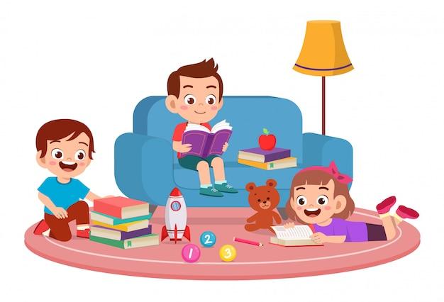 Feliz, cute, crianças, menino menina, estudo, ler junto