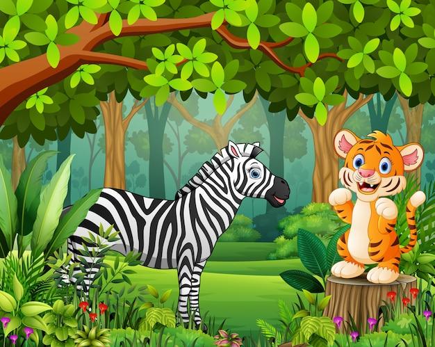 Feliz desenho de animais selvagens em uma linda floresta verde