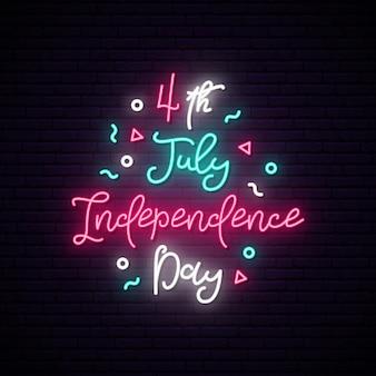 Feliz dia da independência do sinal de néon eua.