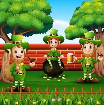 Feliz dia de são patrício comemoração com leprechaun