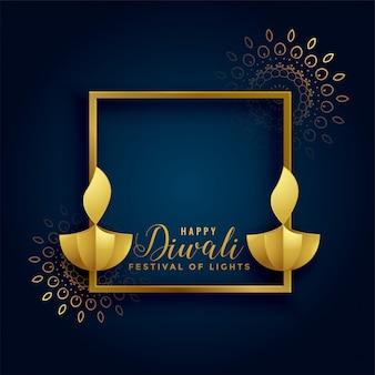 Feliz diwali fundo dourado com lâmpadas diya