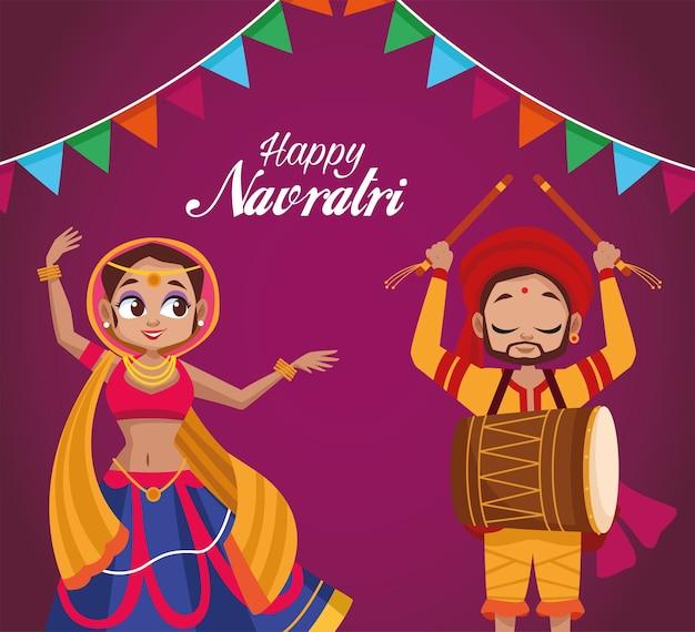 Feliz festa de navratri com mulher dançando e homem tocando tambor