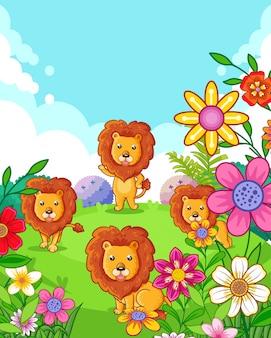 Feliz fofos leões com flores brincando no jardim