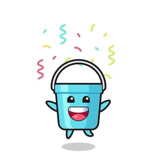 Feliz mascote balde de plástico pulando de parabéns com confete colorido, design de estilo fofo para camiseta, adesivo, elemento de logotipo