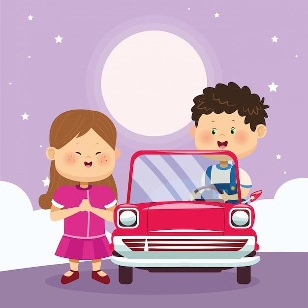 Feliz menina e menino em carro clássico