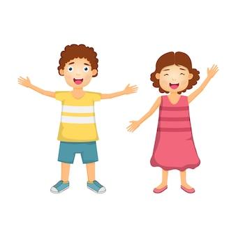 Feliz menino e menina dos desenhos animados para viagens