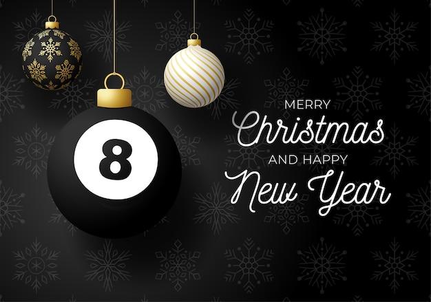 Feliz natal e feliz ano novo luxuoso cartão postal de esportes. bola de bilhar como uma bola de natal em fundo preto.